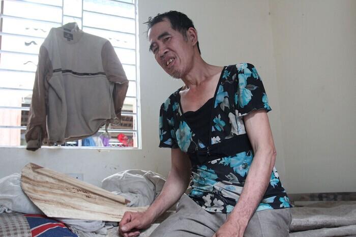 Mẹ già từng có ý định cho 6 con dại ăn một bữa thật no rồi uống thuốc độc cùng chết đã qua đời-6