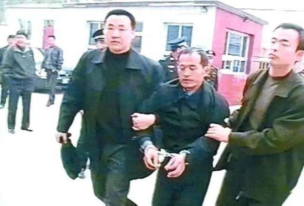 Tên sát nhân điên loạn nhất Trung Quốc: Từ tuổi thơ đầy biến động cho đến tâm lý vặn vẹo và cái chết thương tâm của 67 người vô tội-3