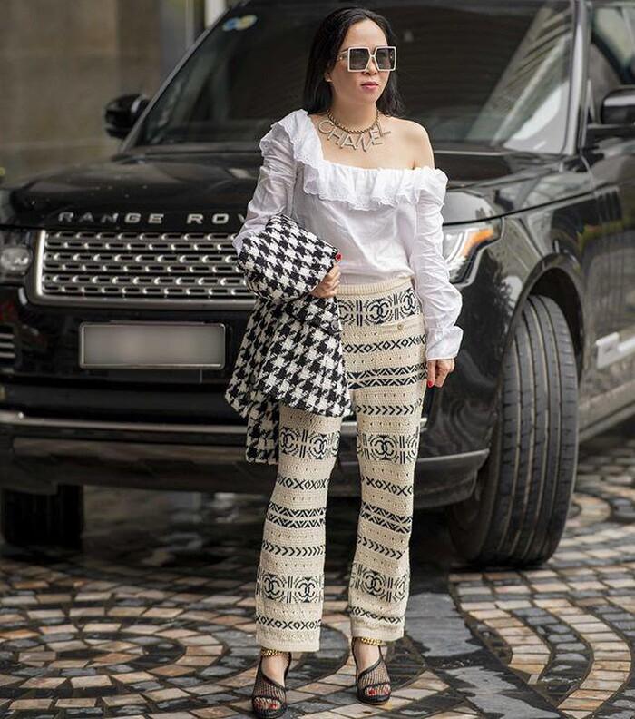 Ít ai như Phượng Chanel: Một kiểu đồ dù có bị chê vẫn mặc miệt mài-5