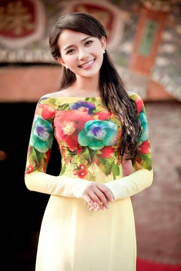 Hành trình thay đổi phong cách của Phan Như Thảo: Từ cô mẫu ăn vận bốc lửa tới mẹ bỉm sữa xuề xòa, chỉ cần đẹp trong mắt chồng là được-6
