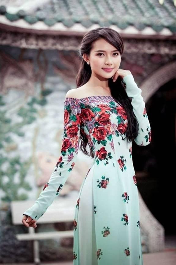Hành trình thay đổi phong cách của Phan Như Thảo: Từ cô mẫu ăn vận bốc lửa tới mẹ bỉm sữa xuề xòa, chỉ cần đẹp trong mắt chồng là được-7