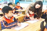 Phụ huynh tố cô giáo tát bé 21 tháng thâm tím mặt, in dấu tay lên má: Con hoảng loạn sợ hãi, về bám chặt người nhà, thấy cô giáo là khóc thét-5