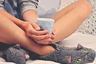 Lạnh chân là hiện tượng ai cũng lờ đi nhưng nó chính là tín hiệu cảnh báo cơ thể đang chống chọi với 5 loại bệnh này