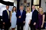 Cựu trợ lý tiết lộ Đệ nhất phu nhân đếm từng phút để ly hôn sau khi ông Trump mãn nhiệm kỳ nhưng bị động thái mới của bà Melania phản bác lại-4