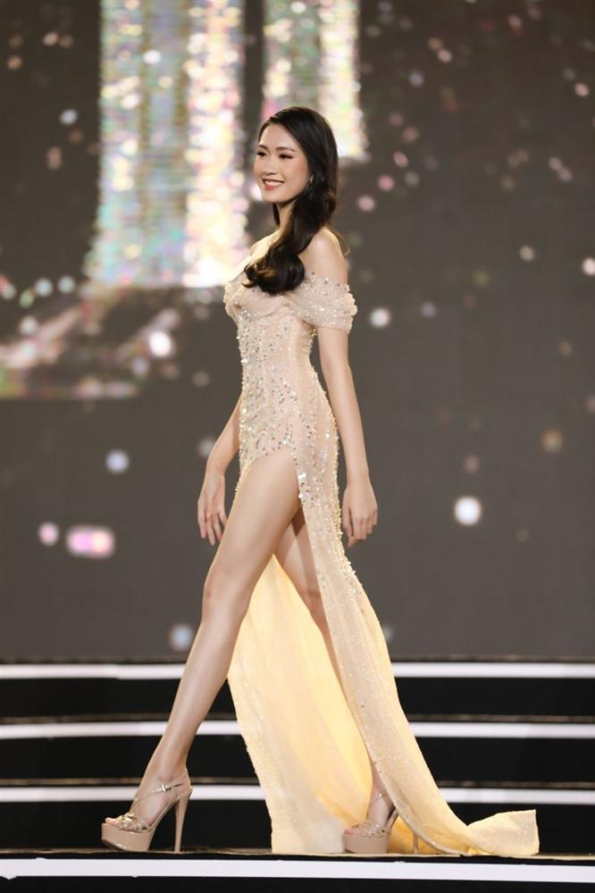 Hoa hậu Việt Nam 2020: Những số đo ấn tượng, từ vòng eo con kiến đến chiều cao nổi trội-4