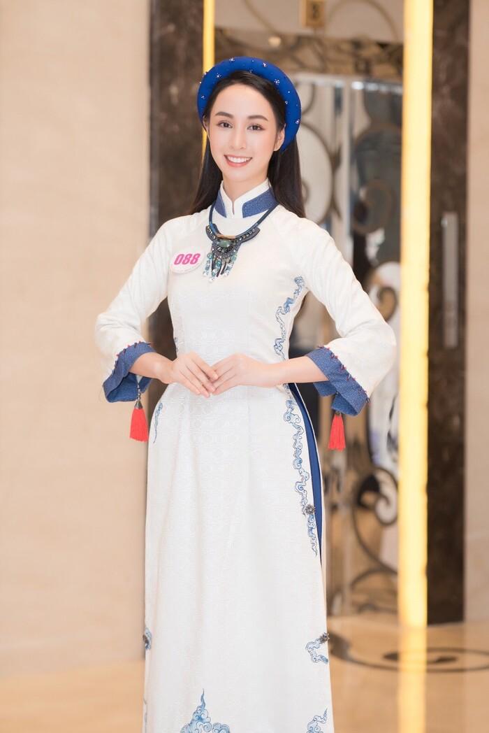 Thí sinh Hoa hậu Việt Nam 2020 gây ấn tượng với nhan sắc xinh đẹp, xem đến mặt mộc ai cũng khen ngợi-1