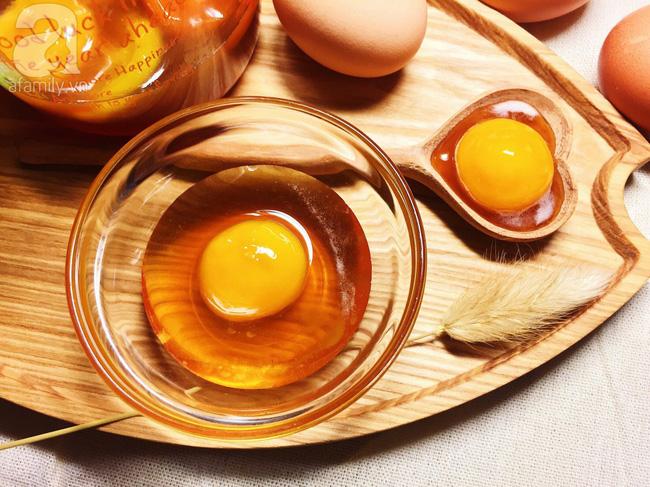 Đắp mặt nạ mật ong trứng gà: Chuyên gia cảnh báo cẩn thận lợn lành thành lợn què-3