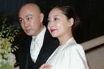 Vi Tiểu Bảo Trương Vệ Kiện ly thân cùng vợ sau hơn 20 năm bên nhau không một mụn con?-4