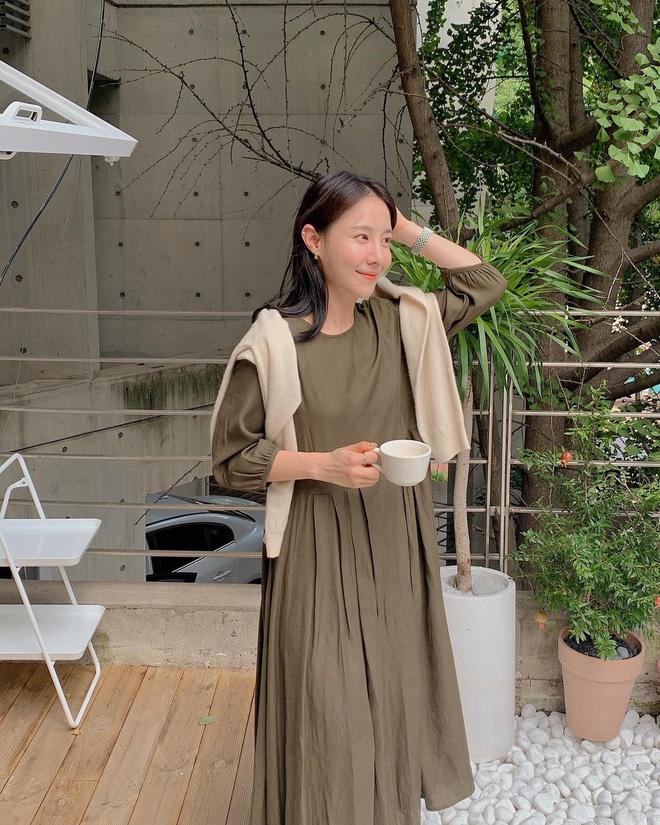 5 công thức lên đồ mùa lạnh xinh ngất ngây mà hội gái Hàn đang thi nhau diện-16