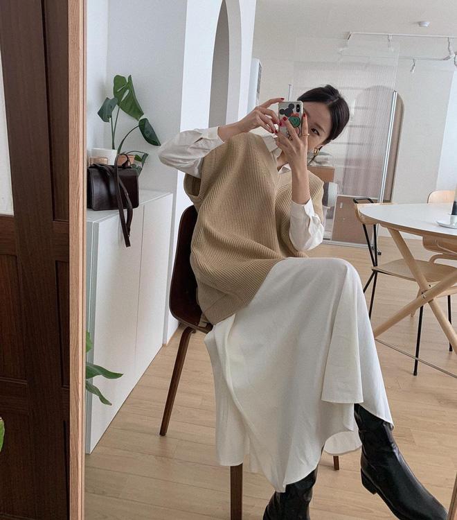 5 công thức lên đồ mùa lạnh xinh ngất ngây mà hội gái Hàn đang thi nhau diện-4
