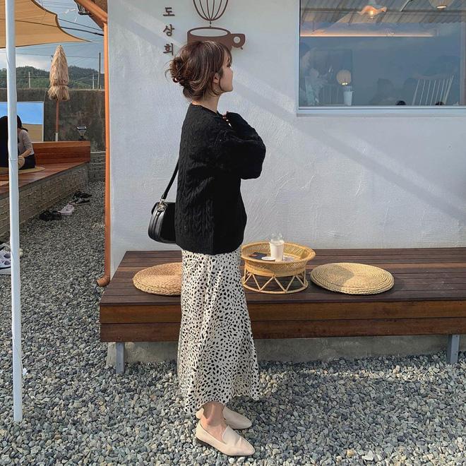 5 công thức lên đồ mùa lạnh xinh ngất ngây mà hội gái Hàn đang thi nhau diện-21