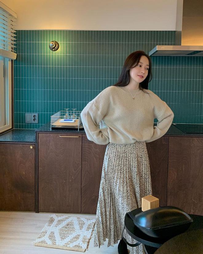5 công thức lên đồ mùa lạnh xinh ngất ngây mà hội gái Hàn đang thi nhau diện-22