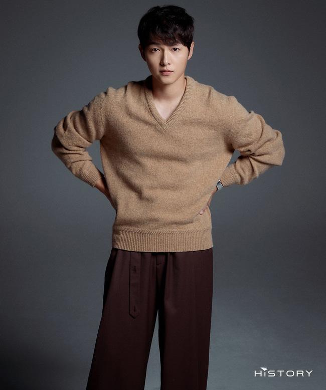 HOT: Hành động đáng ngờ của Song Joong Ki trong ngày lễ độc thân, lại còn viết tâm thư dằn mặt vợ cũ Song Hye Kyo?-4
