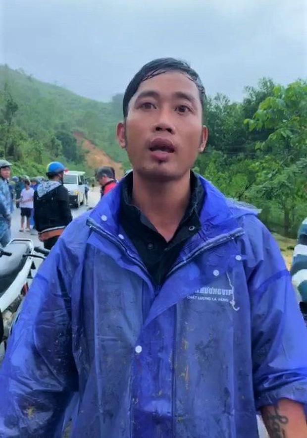 Nạn nhân vụ sạt lở núi bàng hoàng kể lại phút thoát chết: Tôi bị đất đá vùi, bò được ra ngoài cùng 1 người gãy chân-1