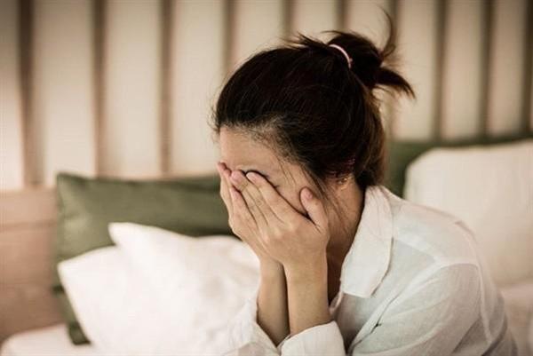 Vừa sảy thai được 2 ngày song cô vợ vẫn kiên quyết ly hôn, nguyên nhân đến từ sự việc lúc 12h đêm và một cốc nước nóng-2