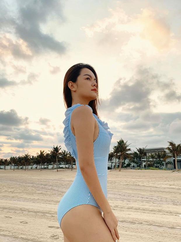 2 mẹ bỉm hot nhất Vbiz mừng lễ độc thân: Phạm Quỳnh Anh sexy nổi loạn, Lệ Quyên nhập hội F.A sau 7749 lần lộ hint với tình trẻ-4