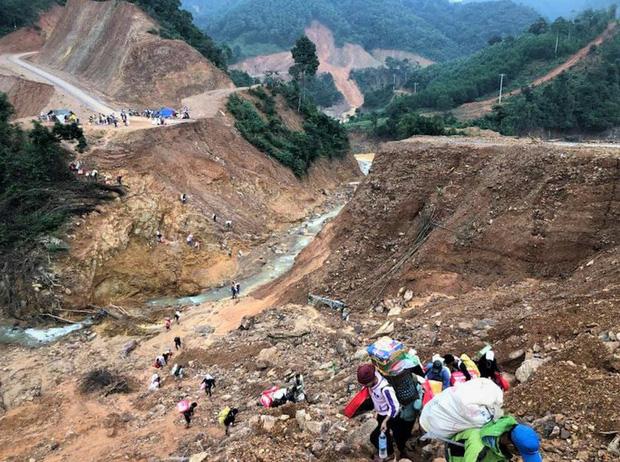Quảng Trị: Núi phát ra nhiều tiếng nổ lớn, người dân hoang mang-1