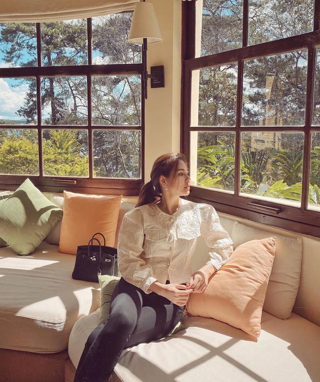 Phanh Lee khi làm dâu nhà giàu: Style chuyển phỏm sang đằm thắm, mất hết nét chiến ngày xưa luôn-3