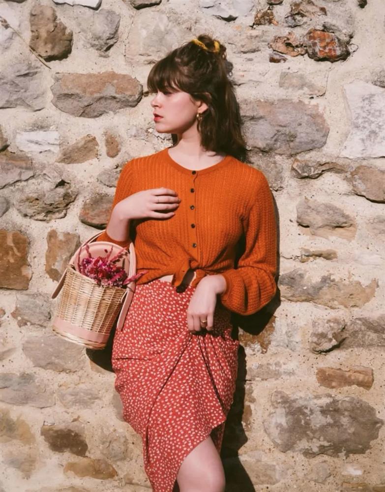 6 cách mix áo len và váy được hội sành mặc chăm áp dụng nhất mùa lạnh-2