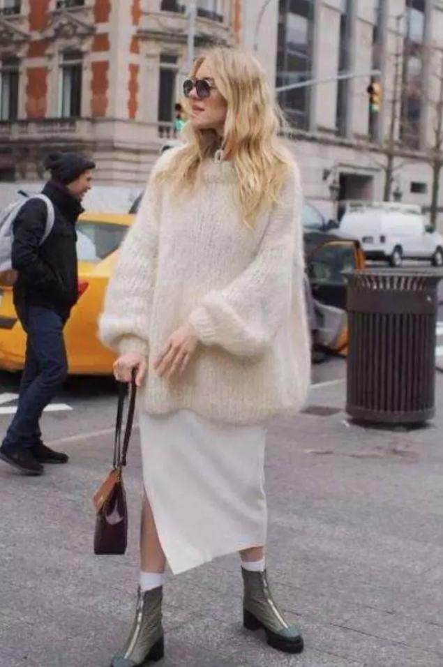 6 cách mix áo len và váy được hội sành mặc chăm áp dụng nhất mùa lạnh-5