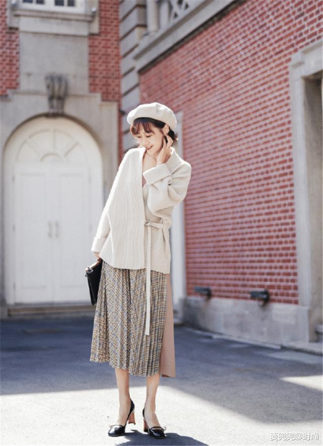 6 cách mix áo len và váy được hội sành mặc chăm áp dụng nhất mùa lạnh-10