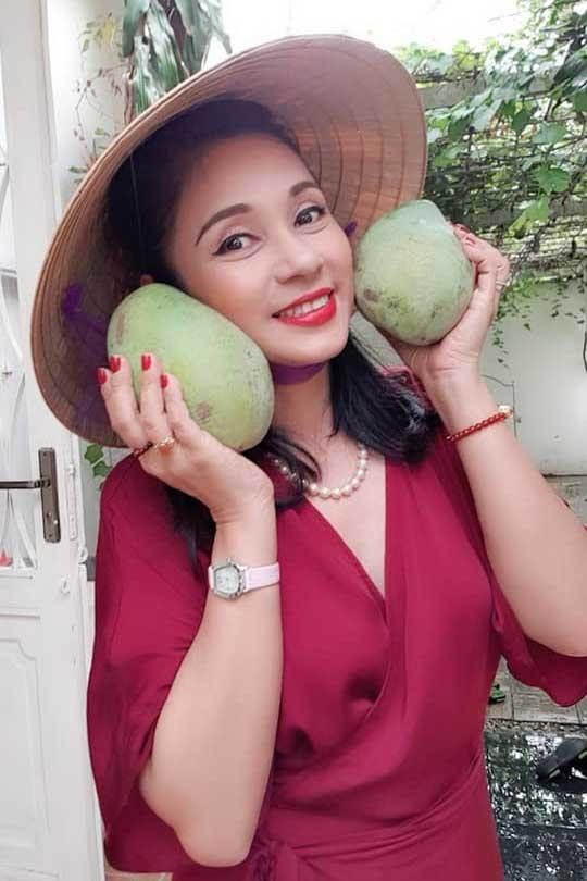 Nhà vườn rộng 2500m2 ngập tràn cây trái của Việt Trinh-11