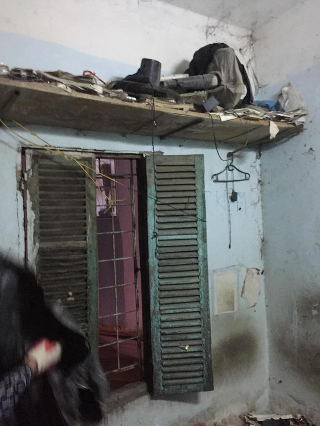 Cho thanh niên ở Hà Nội thuê nhà 7 năm, bà chủ đứng hình khi nhận lại nhà không khác gì một bãi rác!-3