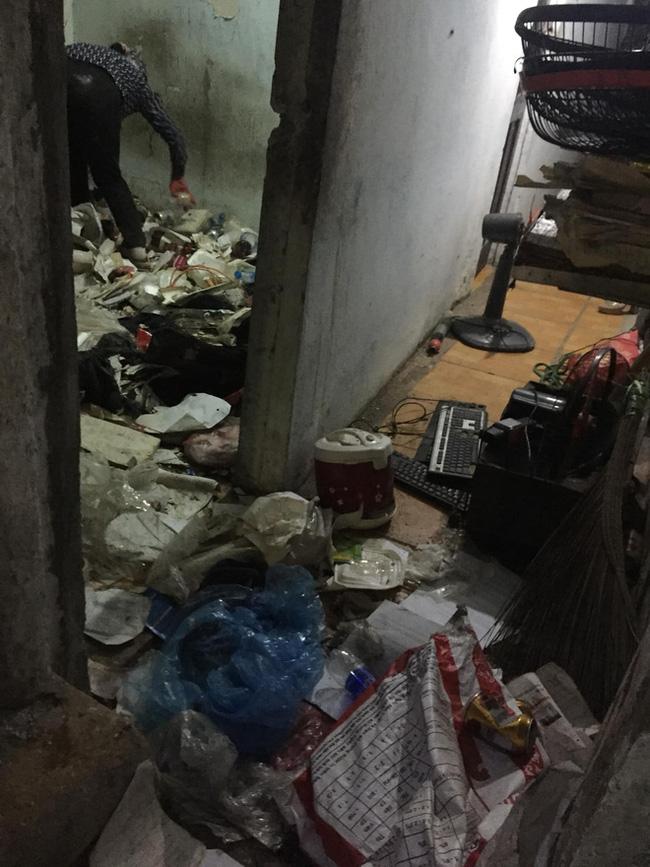 Cho thanh niên ở Hà Nội thuê nhà 7 năm, bà chủ đứng hình khi nhận lại nhà không khác gì một bãi rác!-5