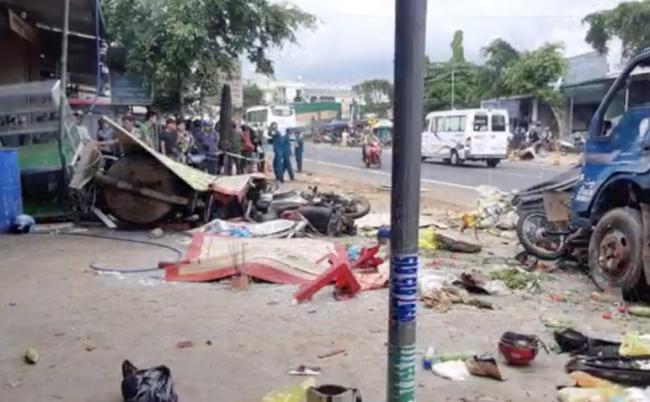 Đắk Nông: Tài xế ô tô cố tình tông vào hàng loạt xe khác để giảm tốc gây tai nạn kinh hoàng, 10 người thương vong-1