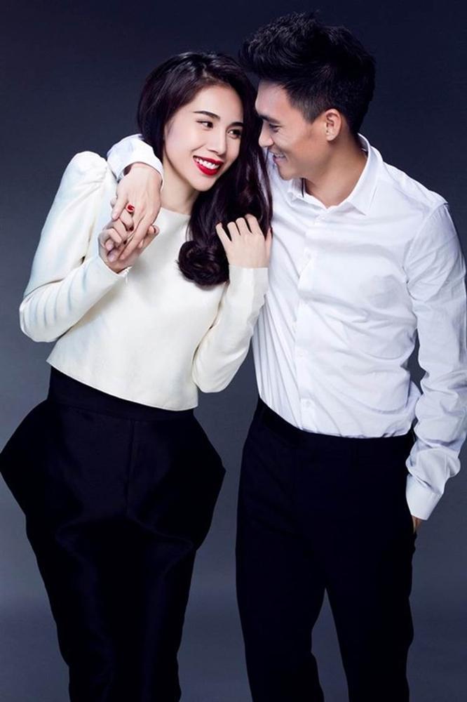 Phía Thủy Tiên và Công Vinh nói rõ thực hư hình ảnh nghi vấn vợ chồng đến làm việc với công an sau drama antifan-3
