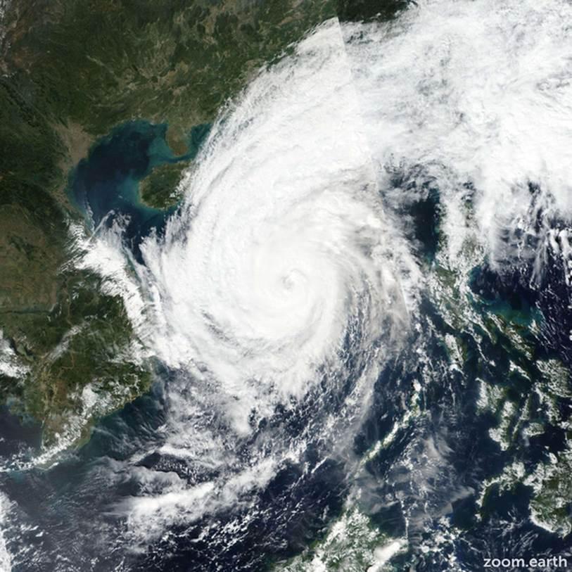 """Nhiều địa phương thông báo khẩn cho học sinh nghỉ học để tránh cuồng phong"""" bão số 13-1"""