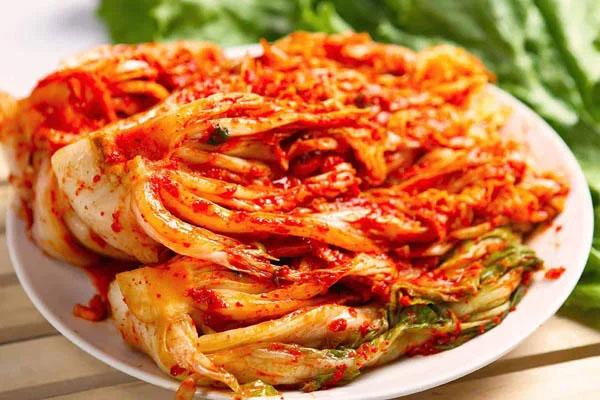 Ngày đông đổi vị với món kim chi củ cải giòn tan hấp dẫn, bữa cơm gia đình càng thêm ngon miệng và đầm ấm-1