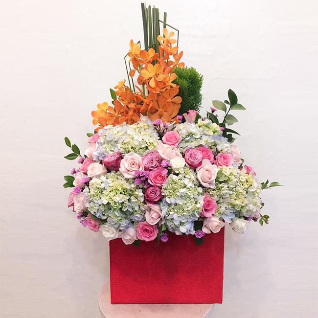 Mách bạn cách chọn và cắm hoa chào mừng ngày Nhà giáo Việt Nam 20/11 thật trang trọng, ý nghĩa-16