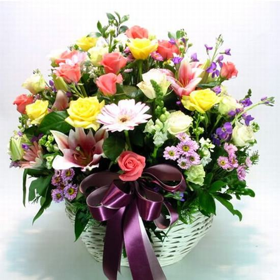 Mách bạn cách chọn và cắm hoa chào mừng ngày Nhà giáo Việt Nam 20/11 thật trang trọng, ý nghĩa-17