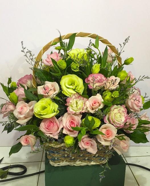 Mách bạn cách chọn và cắm hoa chào mừng ngày Nhà giáo Việt Nam 20/11 thật trang trọng, ý nghĩa-20