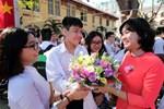 Ngày nhà giáo Việt Nam 20/11 tại các trường THPT: Học sinh bây giờ diễn văn nghệ đỉnh quá-28