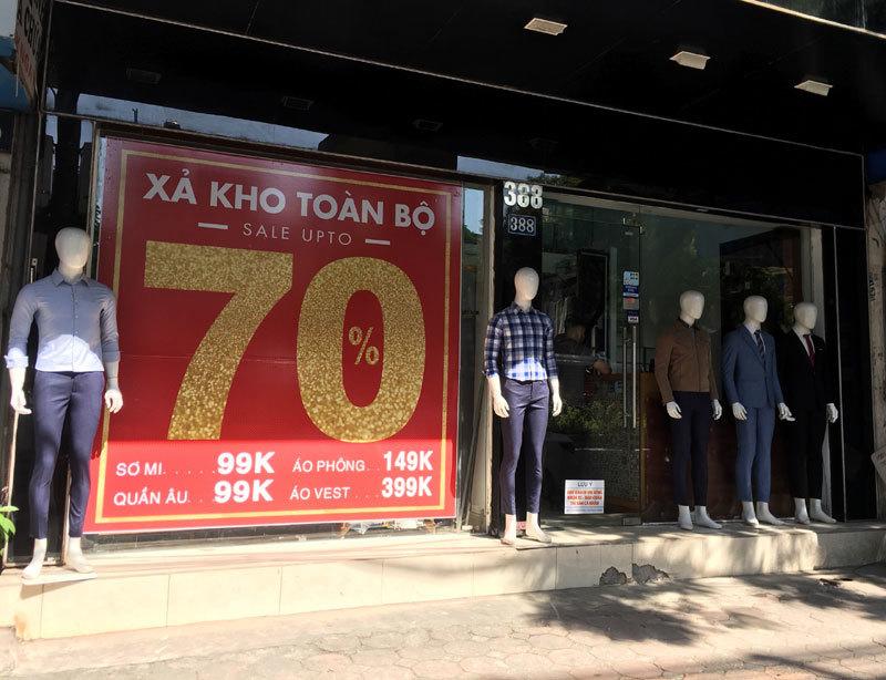 Chưa đến Black Friday đã bão giảm giá, quần áo giá 2.000 đồng-1