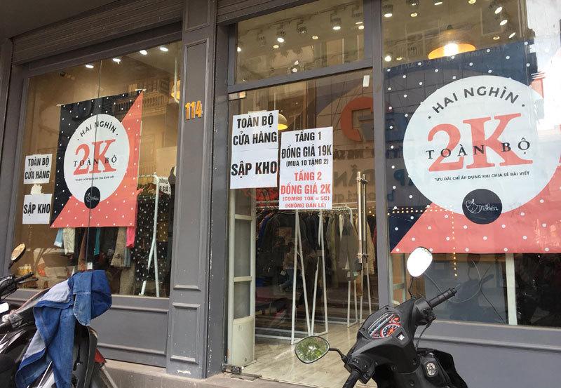 Chưa đến Black Friday đã bão giảm giá, quần áo giá 2.000 đồng-8