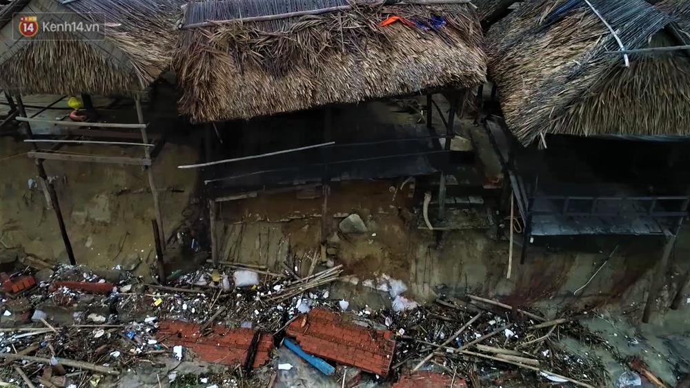 Người dân Hội An thẫn thờ nhìn bờ biển Cửa Đại, An Bàng tan hoang, hàng loạt căn nhà bị sóng biển nuốt chửng-8