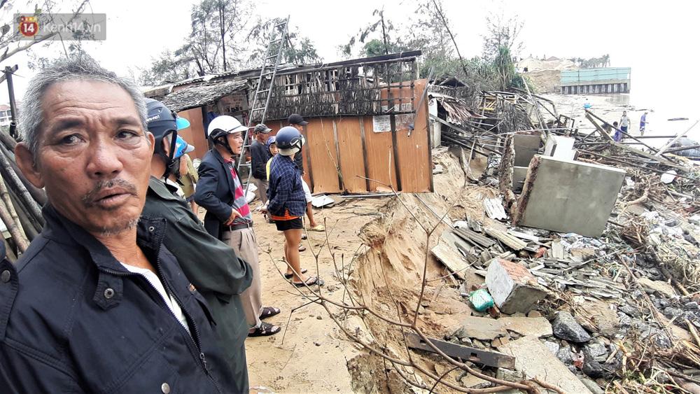 Người dân Hội An thẫn thờ nhìn bờ biển Cửa Đại, An Bàng tan hoang, hàng loạt căn nhà bị sóng biển nuốt chửng-9