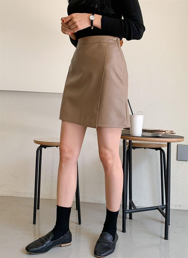Là chân váy ngắn nhưng 4 kiểu này cực hợp mùa Đông, diện lên đã trẻ ra còn cao thêm ít nhất 5 phân-6