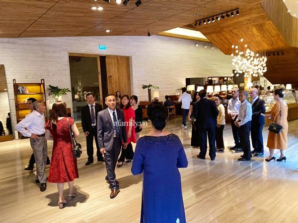 HOT: Công Phượng, Viên Minh đã đến khách sạn nhưng giữ kín hình ảnh tuyệt đối bằng lối đi riêng, bố mẹ chú rể tiết lộ bất ngờ về nàng dâu mới-7