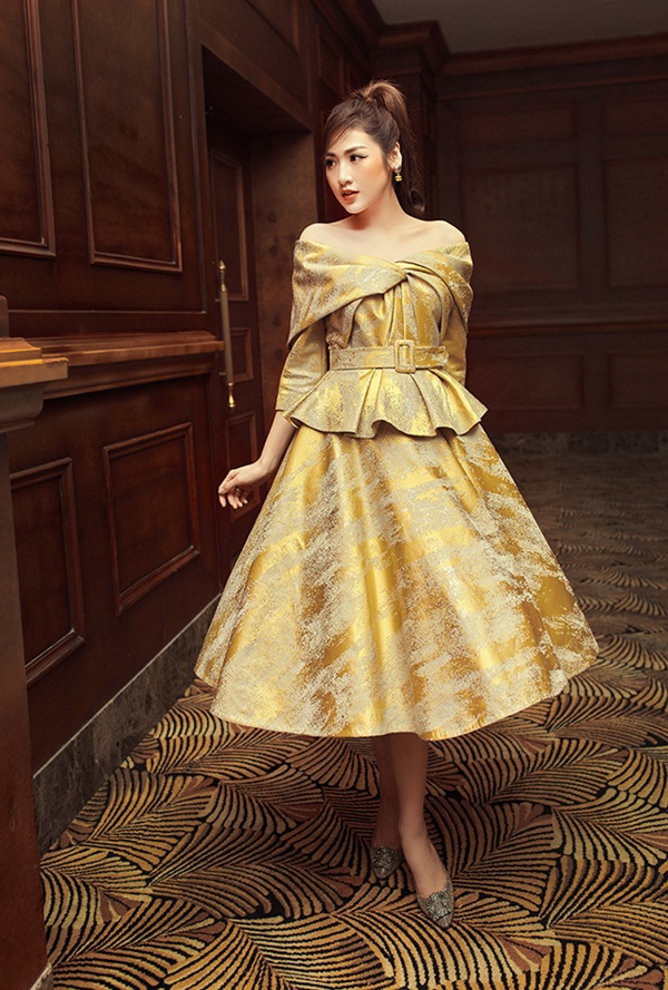Á hậu Tú Anh trải lòng trước đêm Chung kết HHVN 2020: Từng bị đồn là cháu gái Trưởng BTC, thấy buồn khi mọi người nghĩ Hoa hậu, Á hậu là vô tích sự-4