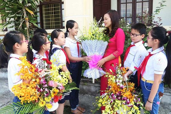 Những lời chúc chân thành và ýnghĩa nhất tri ân thầy cô ngày Nhà giáo Việt Nam 20/11-3