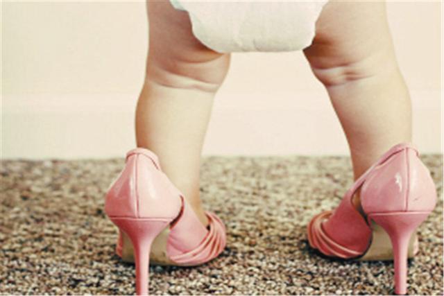 """Khi sắm trang phục cho trẻ em có nhất thiết phải mua trước size lớn không? Có những món đồ mua rộng tưởng tiết kiệm hóa ra lại hại con""""-4"""