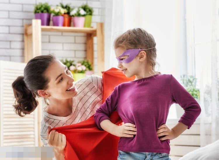 """Khi sắm trang phục cho trẻ em có nhất thiết phải mua trước size lớn không? Có những món đồ mua rộng tưởng tiết kiệm hóa ra lại hại con""""-1"""