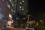 TP.HCM: Vừa chuyển tới căn hộ chung cư, cụ bà rơi từ tầng 10 xuống đất tử vong thương tâm-4