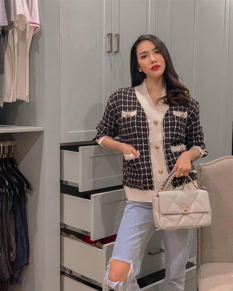 5 mẫu áo khoác được các mỹ nhân Việt lăng xê tích cực vì mặc kiểu gì cũng đẹp và 100% sành điệu-16