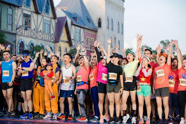Cung đường marathon 'cực phẩm' và kỳ nghỉ trong mơ ở Vinpearl Phú Quốc-1