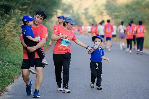 Cung đường marathon 'cực phẩm' và kỳ nghỉ trong mơ ở Vinpearl Phú Quốc-5